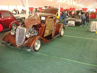 Click image for larger version  Name:car show q8.jpg Views:121 Size:77.0 KB ID:95061