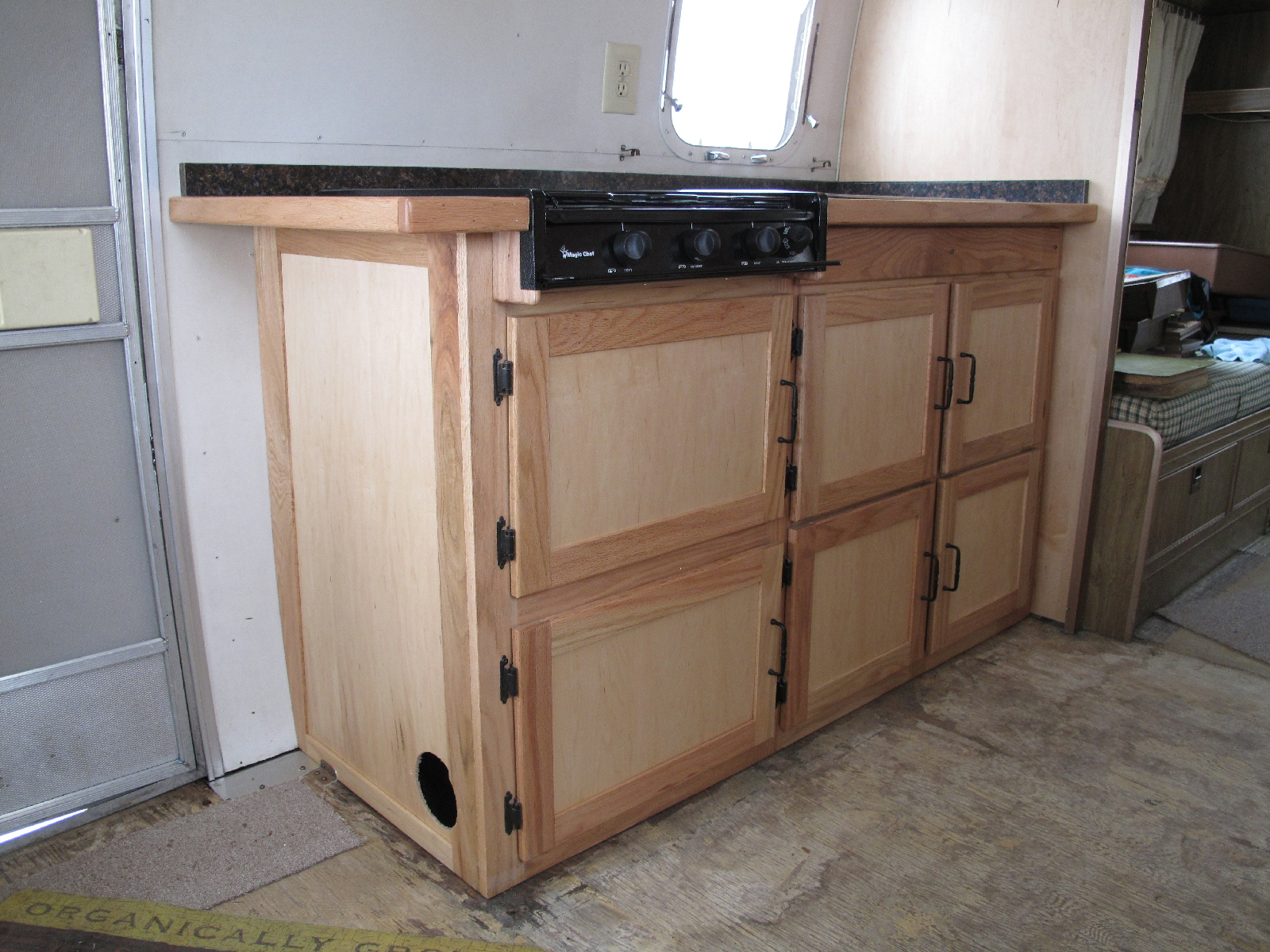 Click image for larger version  Name:New Curbside Cabinet.jpg Views:90 Size:978.2 KB ID:95502