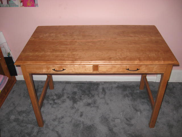 Click image for larger version  Name:Cherry desk 002.JPG Views:82 Size:43.9 KB ID:95540
