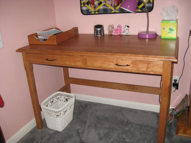 Click image for larger version  Name:cherry desk 010.JPG Views:85 Size:49.6 KB ID:95541