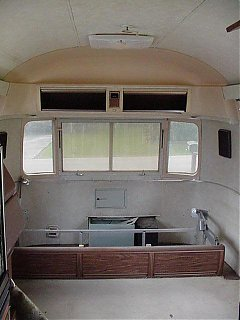 Click image for larger version  Name:Front Interior - Gaucho Removed.JPG Views:818 Size:37.9 KB ID:9590