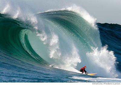 Click image for larger version  Name:Mavericks Surf.jpg Views:68 Size:96.2 KB ID:96015