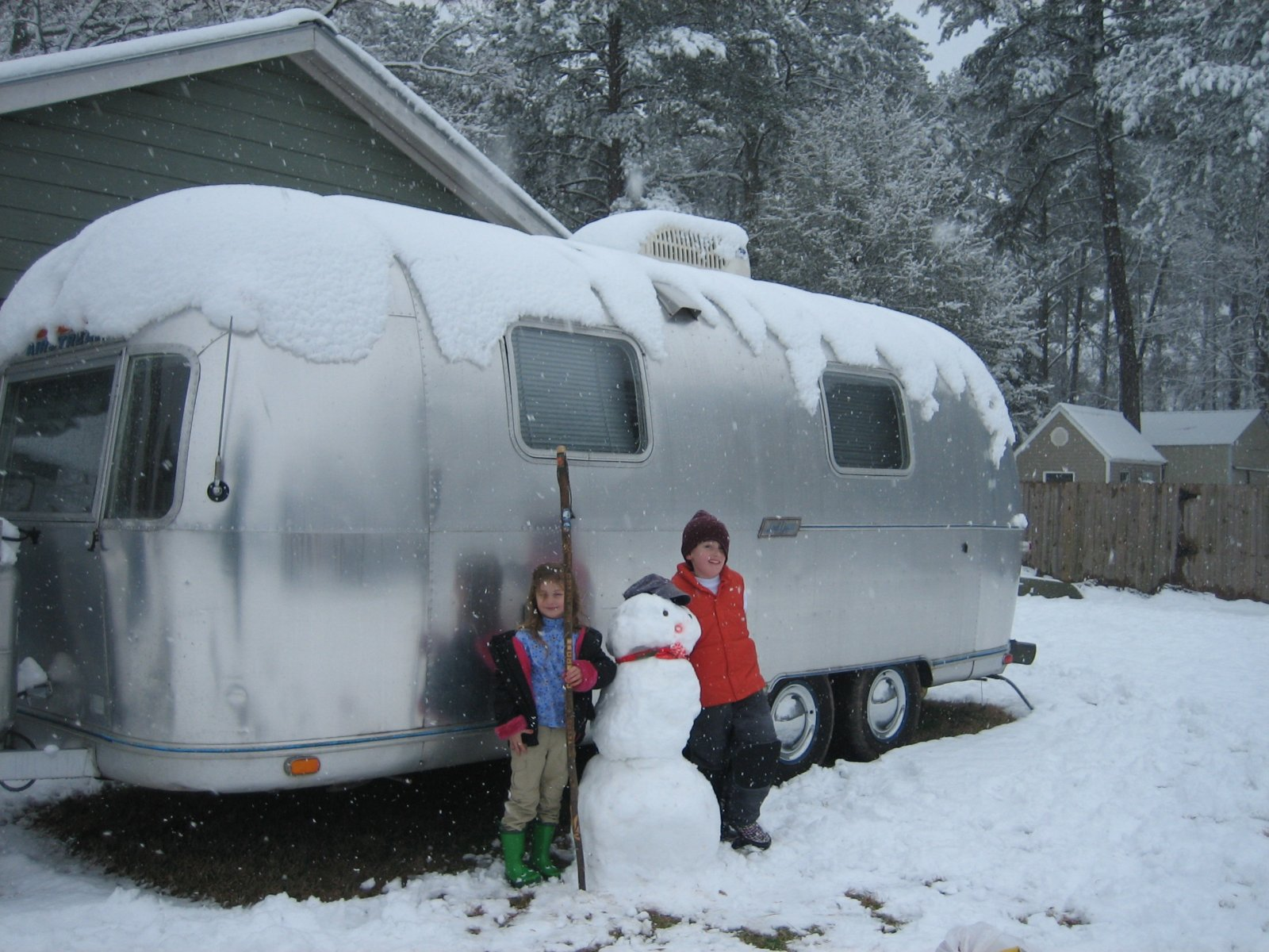 Click image for larger version  Name:snow 2-11-2010 064.jpg Views:85 Size:299.3 KB ID:96043