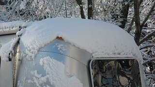Click image for larger version  Name:Snow 2-13-10 002.jpg Views:72 Size:88.4 KB ID:96095