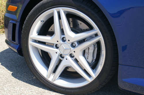 Click image for larger version  Name:amg brakes.jpg Views:108 Size:56.1 KB ID:96117