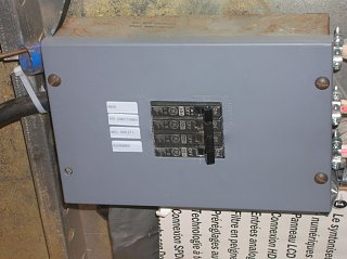 Click image for larger version  Name:Breaker panel.jpg Views:83 Size:115.0 KB ID:96325