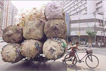 Click image for larger version  Name:this bike hauls.jpg Views:71 Size:119.6 KB ID:96359