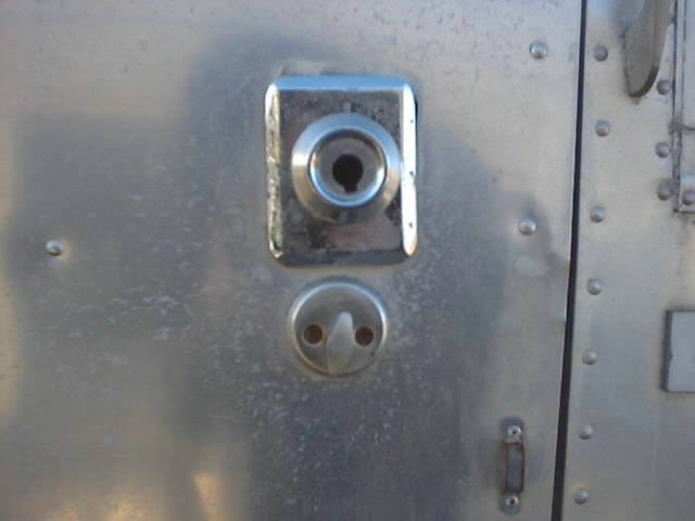 Click image for larger version  Name:icky door handle 031.jpg Views:143 Size:21.7 KB ID:9740