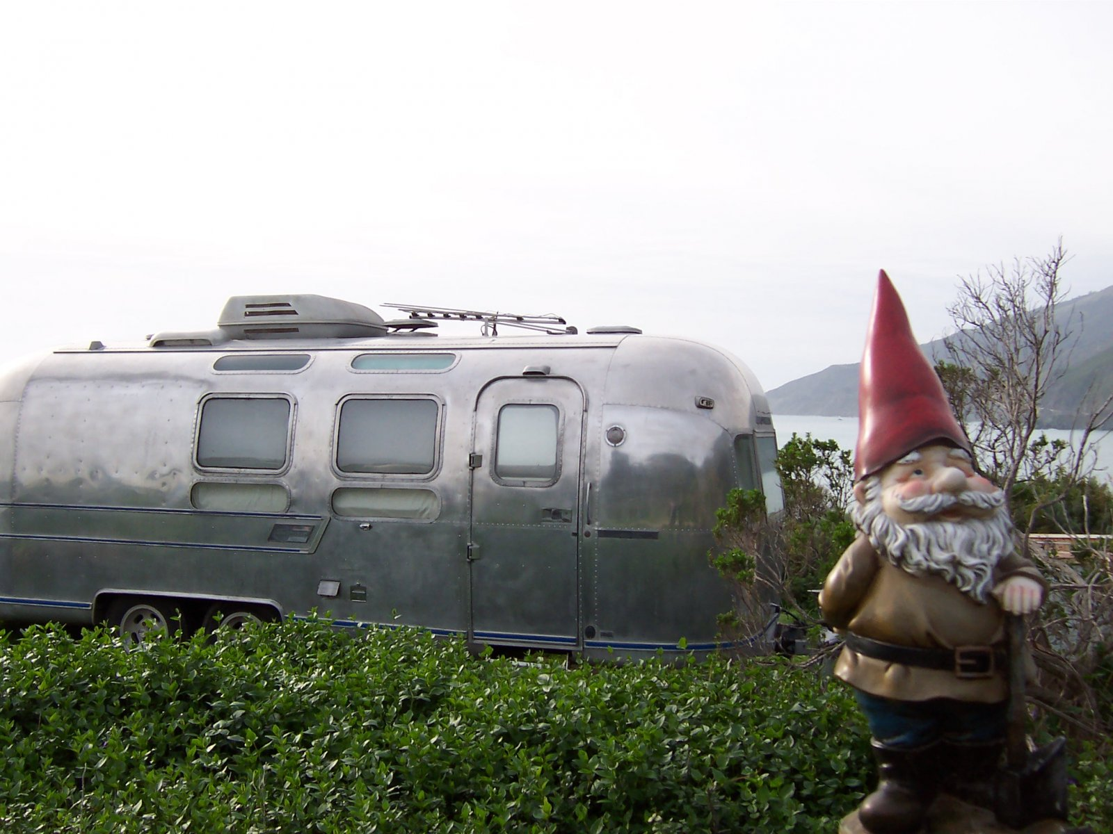 Click image for larger version  Name:Gnome Curbside At Kirk Creek 030110.jpg Views:111 Size:262.2 KB ID:97417