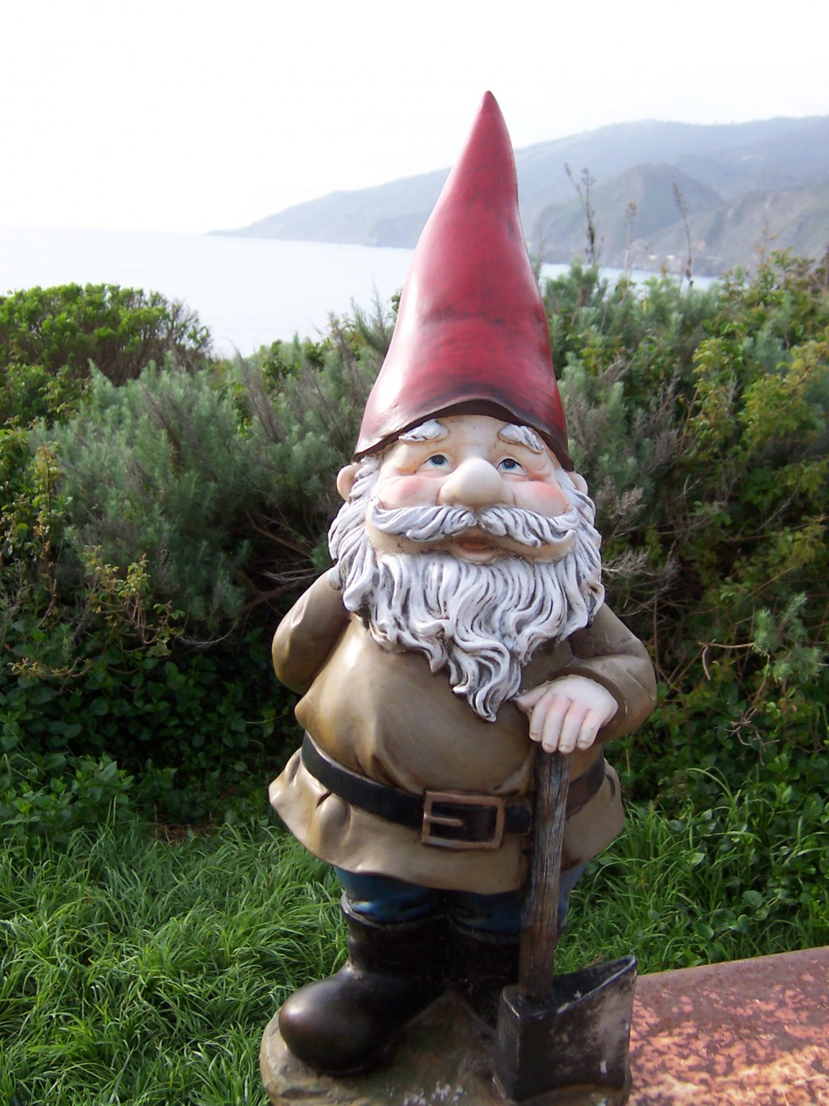 Click image for larger version  Name:Gnome At Kirk Creek 3 030210.jpg Views:171 Size:317.2 KB ID:97444