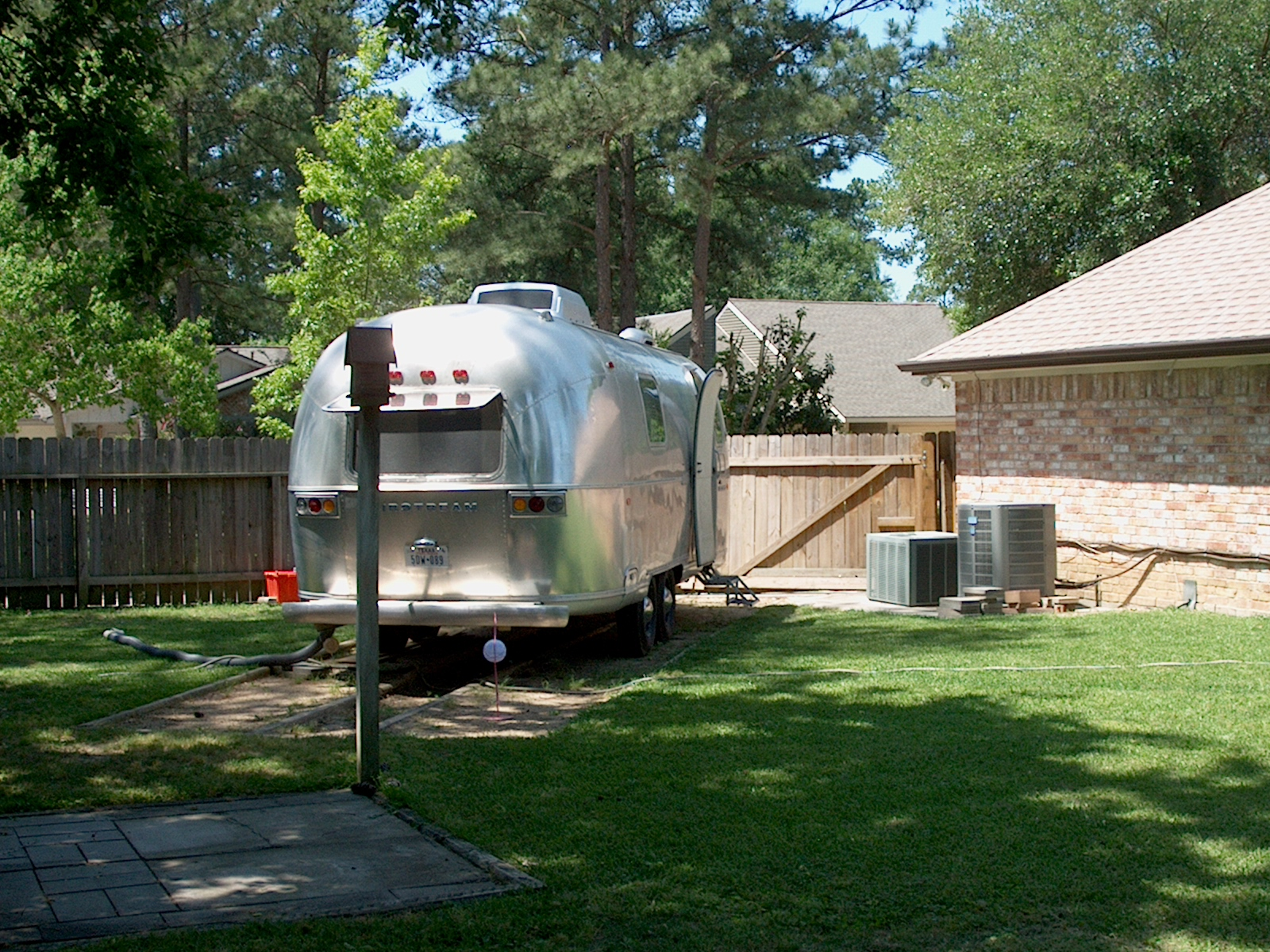 Click image for larger version  Name:Airstream.JPG Views:66 Size:1.14 MB ID:97461
