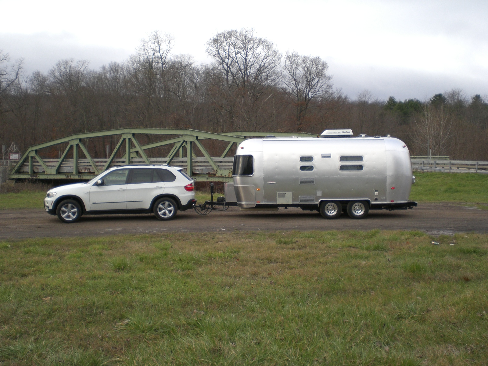 Bmw X5 Towing Capacity >> Anyone Towing 5 000 Lbs With A V8 Bmw X5 Airstream Forums