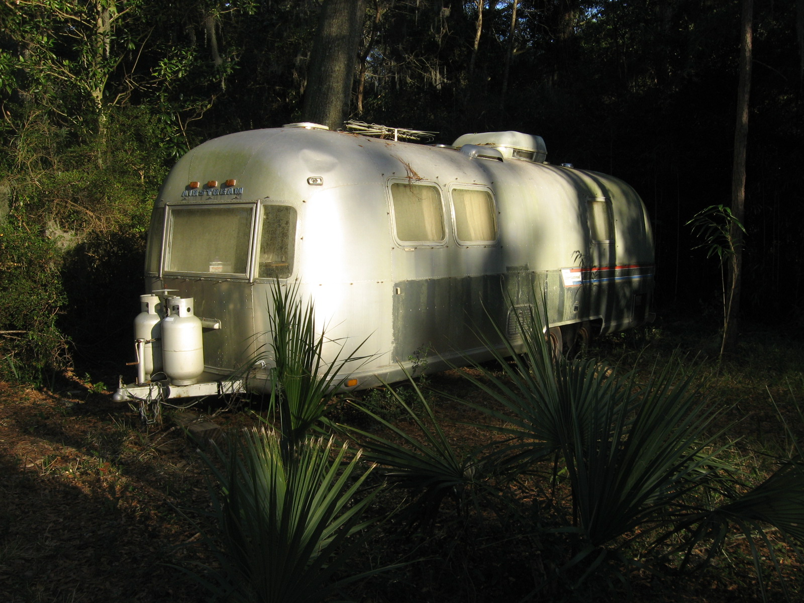Click image for larger version  Name:Airstream78 012.jpg Views:65 Size:628.5 KB ID:98193