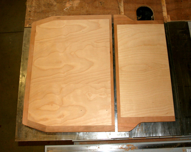 Click image for larger version  Name:IMG_0493 table panels-s.jpg Views:299 Size:116.3 KB ID:98239