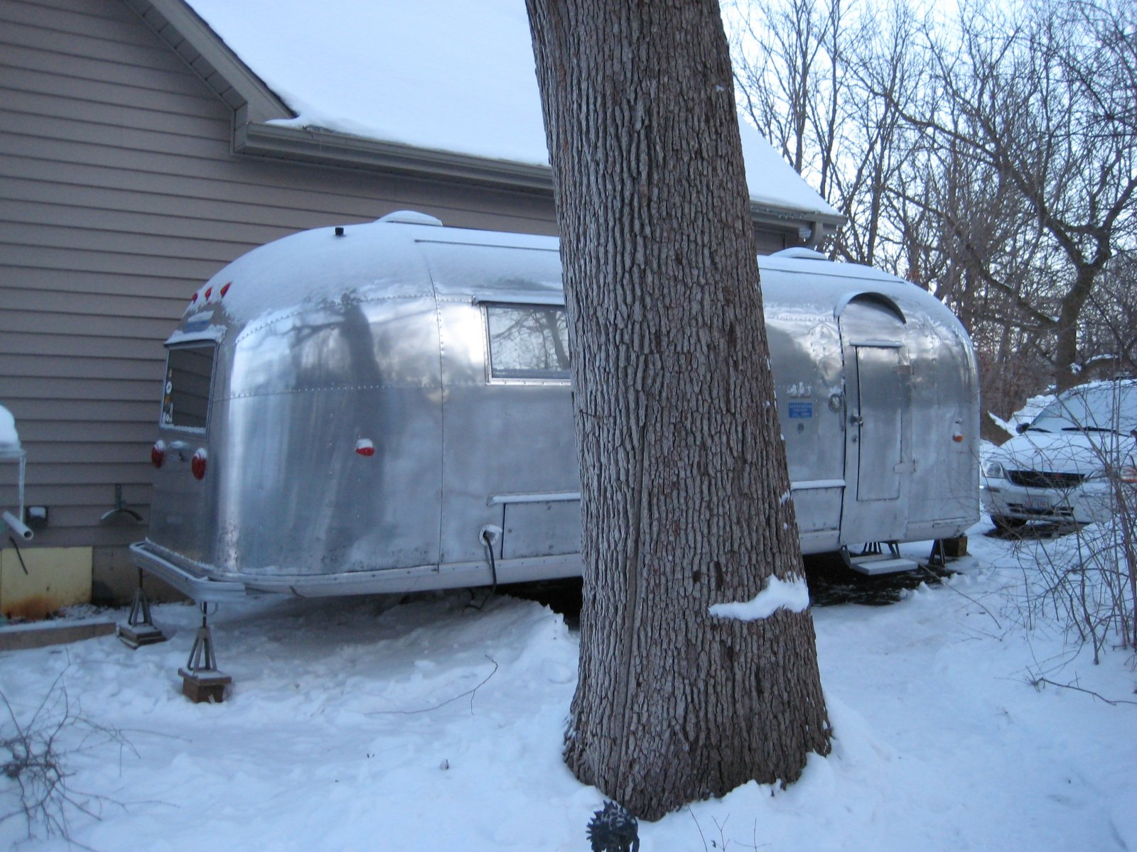Click image for larger version  Name:Airstream 001.jpg Views:76 Size:355.9 KB ID:98294