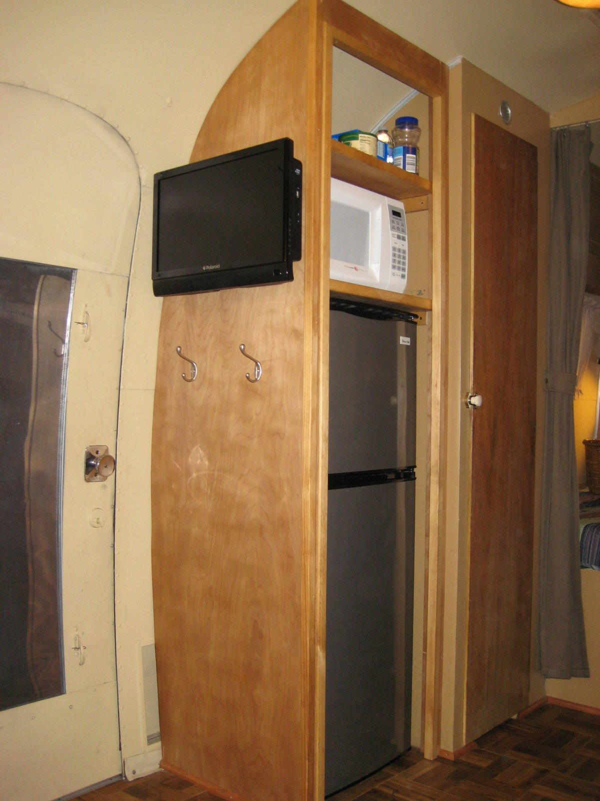 Click image for larger version  Name:Airstream 004.jpg Views:72 Size:214.3 KB ID:98302