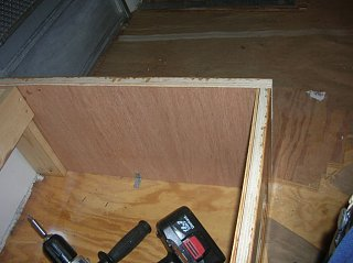 Click image for larger version  Name:Couch Frame 5.jpg Views:107 Size:123.7 KB ID:98332