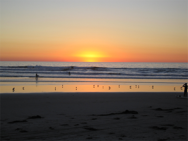 Click image for larger version  Name:Surf@sunset.jpg Views:131 Size:95.0 KB ID:9836