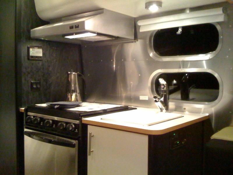 Click image for larger version  Name:kitchen.jpg Views:60 Size:138.5 KB ID:98431