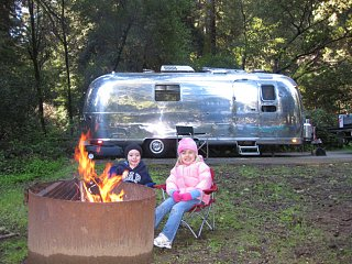 Click image for larger version  Name:campfire.jpg Views:108 Size:434.4 KB ID:98444