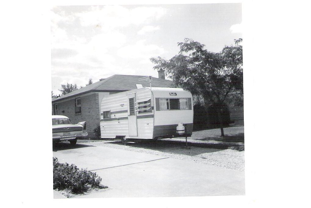 Click image for larger version  Name:OLD FAMILY TRAILER 003.jpg Views:93 Size:107.2 KB ID:98826