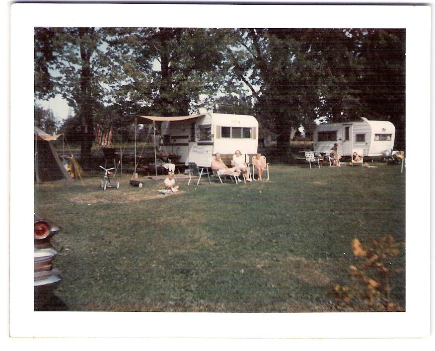 Click image for larger version  Name:OLD FAMILY TRAILER 004.jpg Views:89 Size:172.1 KB ID:98827
