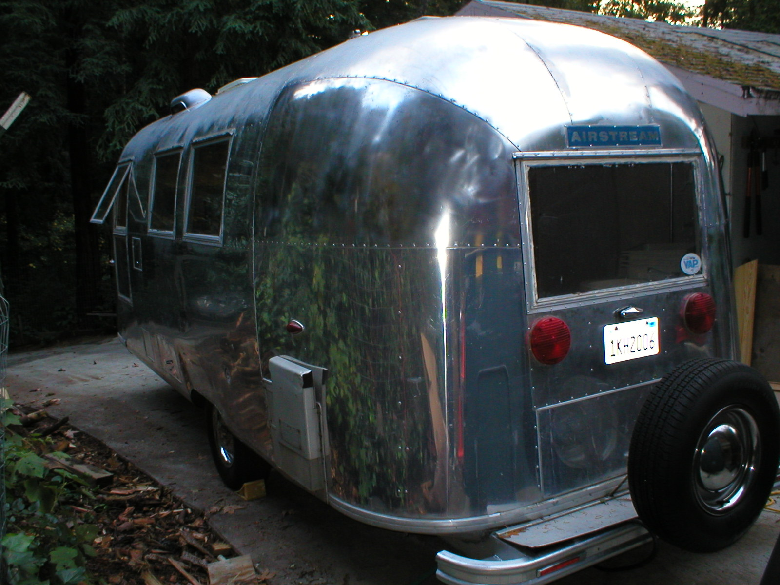 Click image for larger version  Name:airstream 021.jpg Views:106 Size:367.4 KB ID:99613