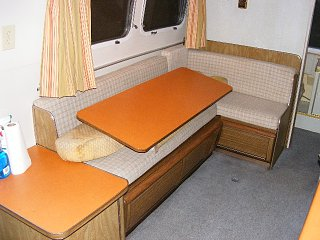 Click image for larger version  Name:argosy-22-dinette.JPG Views:2527 Size:103.7 KB ID:1251