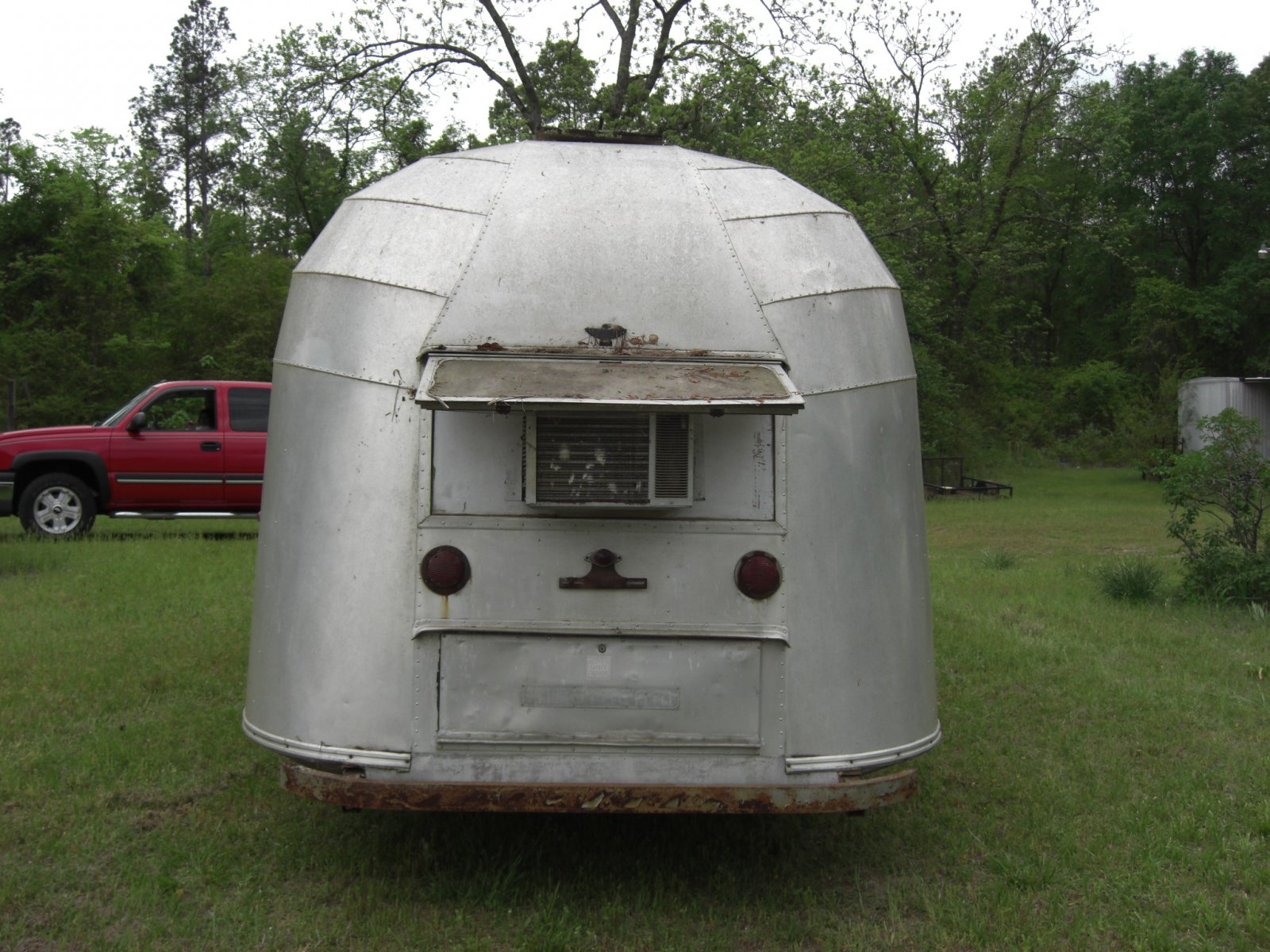 Click image for larger version  Name:1955 airstream 4-27p08 004.jpg Views:192 Size:338.2 KB ID:170