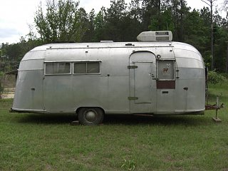 Click image for larger version  Name:1955 airstream 4-27p08 007.jpg Views:2793 Size:297.6 KB ID:173