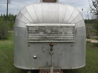 Click image for larger version  Name:1955 airstream 4-27p08 010.jpg Views:2938 Size:253.8 KB ID:175