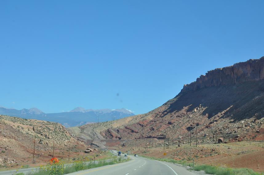 Click image for larger version  Name:entry to Moab.JPG Views:199 Size:103.1 KB ID:1880
