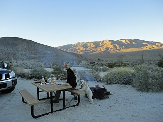 Click image for larger version  Name:campfire with bella.jpg Views:1589 Size:128.9 KB ID:2914