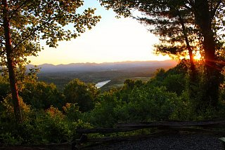 Click image for larger version  Name:view from fireside rv park.jpg Views:180 Size:71.8 KB ID:3819